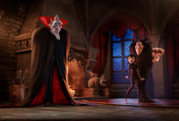Mel Brooks voices Vlad, Selena Gomez voices Mavis, Adam Sandler voices Dracula and Andy Sabmerg voices Jhonny in