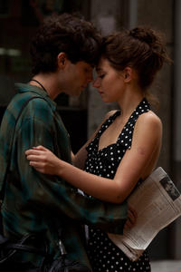 Penn Badgley and Imogen Poots in
