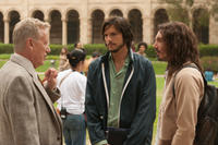 James Woods as Jack Dudman, Ashton Kutcher as Steve Jobs and Lukas Haas as Daniel Kottke in