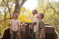 Tye Sheridan, Matthew McConaughey and Jacob Lofland in