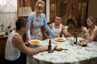 Tony Danza, Glenne Headly, Joseph Gordon-Levitt and Brie Larson in
