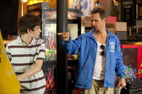 Liam James as Duncan and Sam Rockwell as Owen in