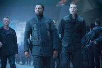 Mekhi Phifer and Jai Courtney in
