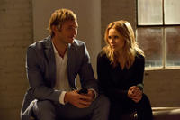 Ryan Hansen as Dick Casablancas and Kristen Bell as Veronica Mars in