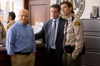 Enrico Colantoni as Keith Mars, Daran Norris as Cliff Mccormack and Jerry O'Connell as Sheriff Dan Lamb in