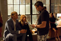 Ryan Hansen, Kristen Bell and director Rob Thomas on the set of
