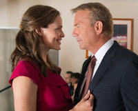 Jennifer Garner and Kevin Costner in