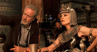 Director Ridley Scott and Sigourney Weaver on the set of