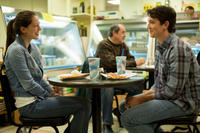 Melissa Benoist as Nicole and Miles Teller as Andrew in