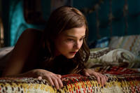 Stefanie Scott as Quinn Brenner in