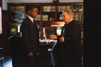 Cuba Gooding Jr. and Martin Sheen in