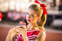 Allie DeBerry as Mindy in