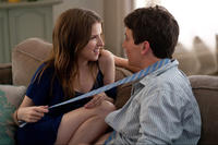 Anna Kendrick as Jillian Stewart and Miles Teller as Will Davis in