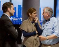 Bradley Cooper, Julia Roberts and Director Garry Marshall on the set of