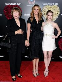 Shirley MacLaine, Julia Roberts and Emma Roberts at the California premiere of