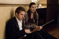 Scott Speedman as James Hoyt and Liv Tyler as Kristen McKay in