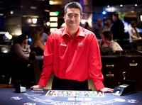 Jeff Ma as blackjack dealer in