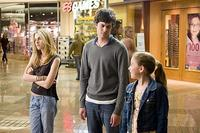 Carter (Adam Brody) hangs out with his neighbors, Lucy (Kristen Stewart) and Paige (Makenzie Vega) in