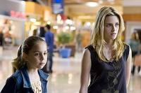Makenzie Vega as Paige and Kristen Stewart as Lucy in