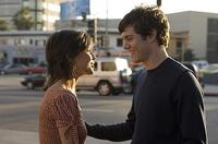 Sophia (Elena Ayana) dumps Carter (Adam Brody) in