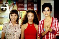 Lola Duenas as Sole, Yohana Cabo as Paula and Penelope Cruz as Raimunda in