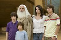 Graham Phillips, Jimmy Bennett Steve Carell, Lauren Graham and Johnny Simmons in