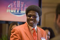 Bernie Mac as Frank Catton in