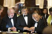 Jerry Weintraub as Denny Shields and George Clooney as Danny Ocean in