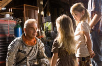 Billy Bob Thornton, Logan Polish and Jasper Polish in