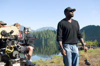 Director Antoine Fuqua on the set of
