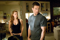 Kate Mara and Mark Wahlberg in