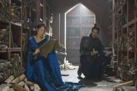 Michelle Yeoh as Zi Yuan and Russell Wong as Ming Guo in