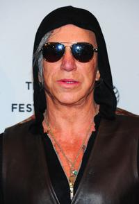 Mickey Rourke ('Ashby')
