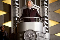 Donald Sutherland stars as President Snow.