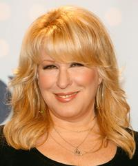 Bette Midler at the Season 6 Finale of American Idol.