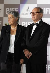 Ennio Morricone and his wife at the ceremony of 12th Busan International Film Festival.