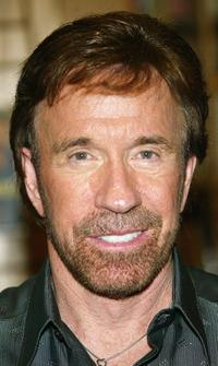 Chuck Norris at teh book signing for his new book