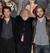 Francois Morel, Pierre Richard and Arthur Jugnot at the premiere of