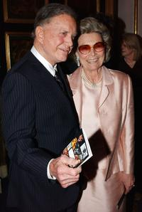 Cliff Robertson and his wife at the 10th Annual Thirteen/wnet Gala Salute honoring Alan Alda.