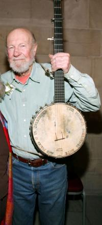 Pete Seeger at the memorial celebration of Odetta.
