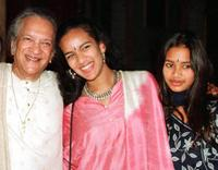 Ravi Shankar and his daughters at the Praemium Imperiale Awards.