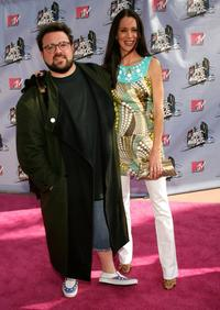 Kevin Smith and Jennifer Schwalbach Smith at the 2007 MTV Movie Awards held at the Gibson Amphitheatre.