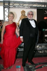Paolo Villaggio and his wife at the David di Donatello Movie Awards.
