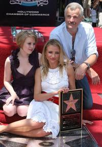Sofia Vassilieva, Cameron Diaz and Nick Cassavetes at the Hollywood Walk of Fame.