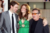 Robin Williams, John Krasinski and Mandy Moore at the premiere of