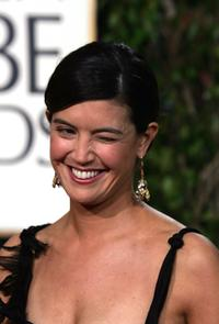 Phoebe Cates at the 62nd Annual Golden Globe Awards.