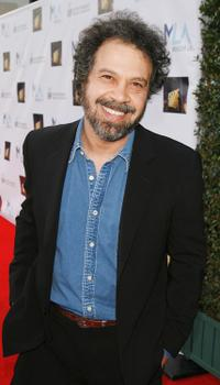Edward Zwick at the MENTOR LA's Promise Gala honoring Tom Cruise.
