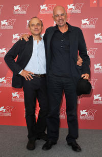 Giuseppe Cederna and director Gabriele Salvatores at the photocall of