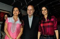 Juhi Chawla, Anupam Kher and Shree Devi at the inauguration of artist Geeta Dass's exhibition of paintings.
