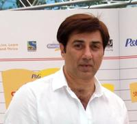 Sunny Deol at the P&G presentation ceremony of Shikha in Mumbai.